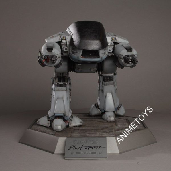 Chronicle-Collectibles-Robocop-Ed209-1