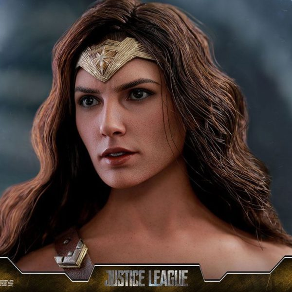 HOT TOYS – DC COMICS - JUSTICE LEAGUE MOVIE – Wonder Woman Deluxe – Movie Masterpiece- 6