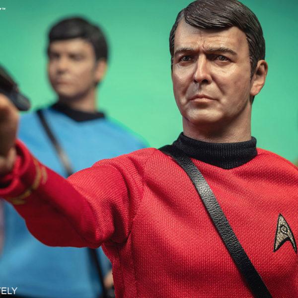 star-trek-lt-commander-montgomery-scott-scotty-sixth-scale-figure-qmx-904110-02