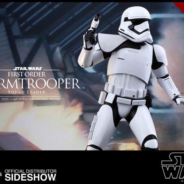 star-wars-first-order-squad-leader-stormtrooper-sixth-scale-hot-toys-902539-08